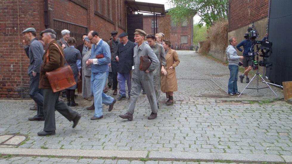 Komparsen bei einem Filmdreh in Görlitz.