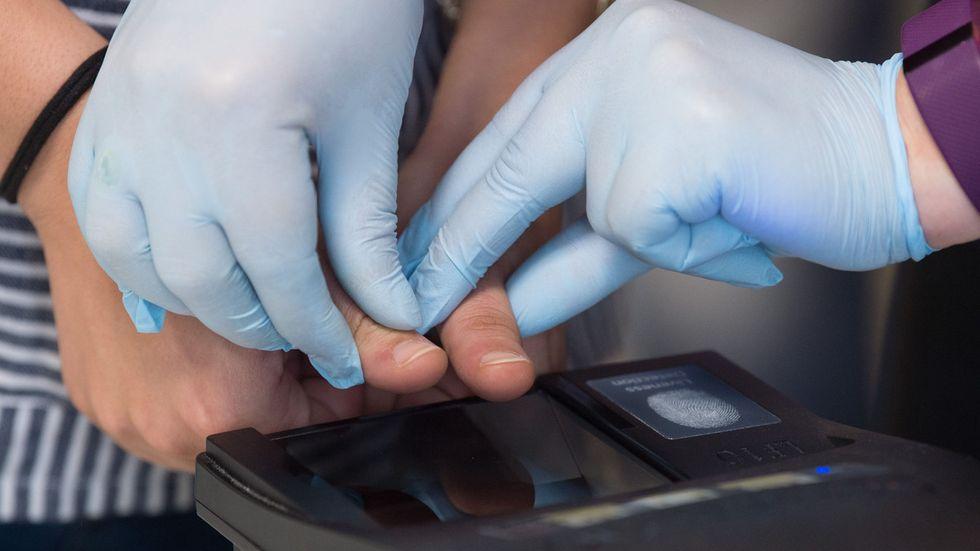 Fingerabdruck-Lesegerät in der Erstaufnahme-Einrichtung Chemnitz (Archivfoto)